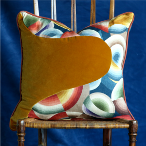 70s PATCHWORK CUSHION