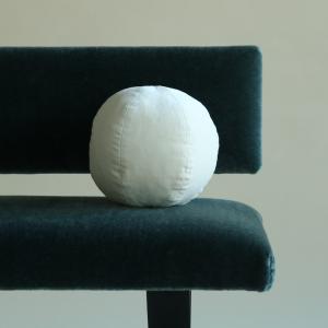 Mochi Cushion: Small Vanilla Velvet Scoop
